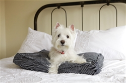 rough gem sheepy wool-filled bed