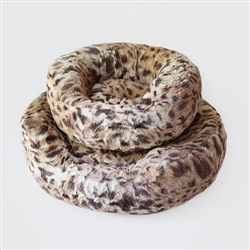 Amour Dog Bed: King Leopard