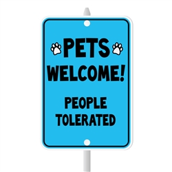 "Pets Welcome Mini Garden Sign, 3.75"" x 5.5"" on 8"" stake"