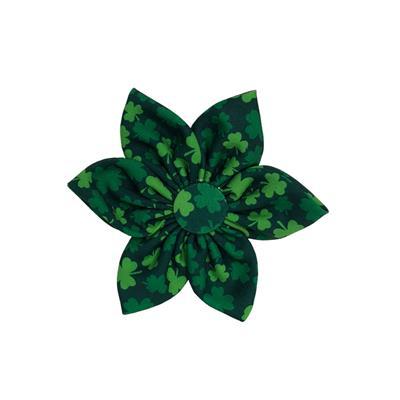 Lucky Shamrock Pinwheel by Huxley & Kent