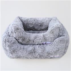 Bella Dog Bed: Silver