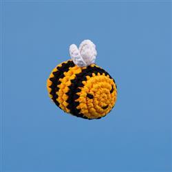 CROCHET T-SHIRT YARN BUMBLE BEE