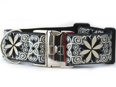 Pinwheel Norway Winter Extra Wide Dog Collar