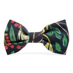 Winter Berry Dog Bow Tie