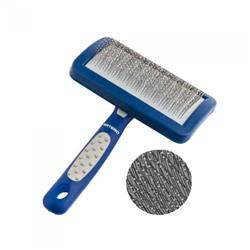 Slicker Brush with Protected Teeth by Artero