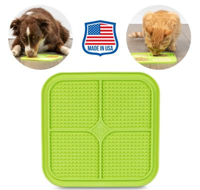 PET ZONE BOREDOM BUSTERZ GREEN RELAX, FOR DOGS OR CATS. MADE IN USA. LICKING MAT & SLOW FEEDER (ALSO AVAILABLE AS 12 UNIT PDQ COUNTER DISPLAY 14616PDQ)