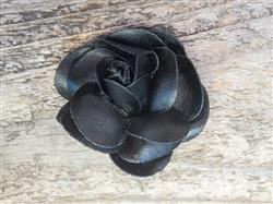Coco Black Dog Collar Flower