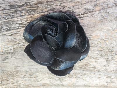 Coco Black Dog Collar Flower