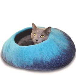 Wool Pet Cave, Ombre, Navy/Turquoise