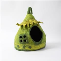 Wool Pet Cave, Fairy House, Green