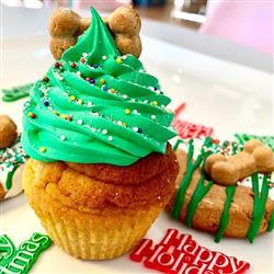 Dog Cupcake | Peanut Butter | Holiday
