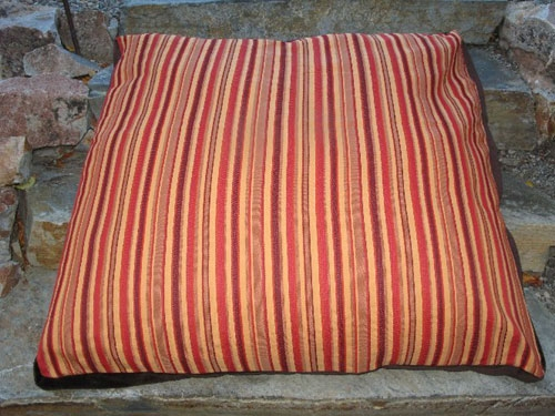 Bella Dura Orange Bed