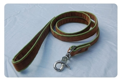 Cremini on Parrot Green Lead w/nickel snap swivel clip