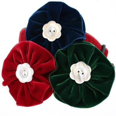 Evergreen Velvet Dog Collar Flower