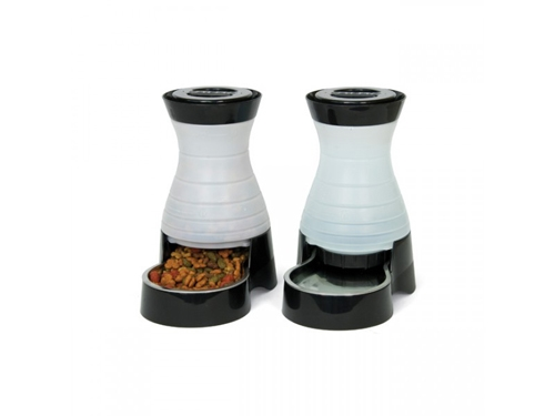 Healthy Pet Food Stations