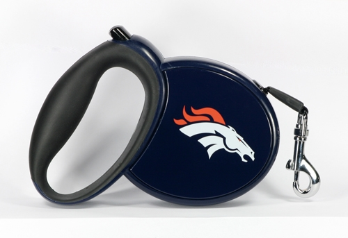 Denver Bronco's Retractable Leash