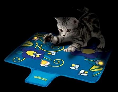 Flashing Firefly Cat Mat