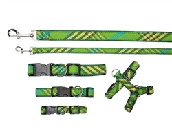 Collar, Harnesses & Leads Plaid | Signature Green