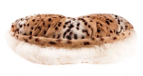 Snow Leopard & Cream Shag Round Bed